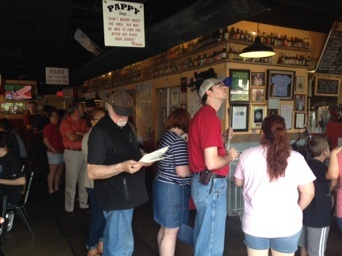 The line at Pappy's Smokehouse